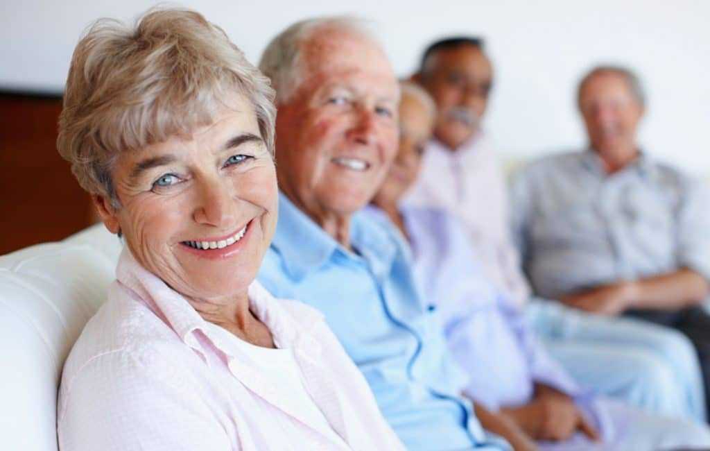 How to Keep Your Dentures White